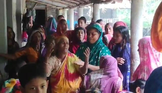 বাগাতিপাড়ায় ট্রেনে কাটা পড়ে প্রবাসীর মৃত্যু