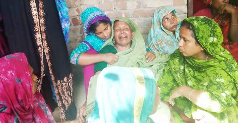 গুরুদাসপুরে অবৈধ মাটিবহনকারী ট্রলিতে প্রান গেল কৃষকের